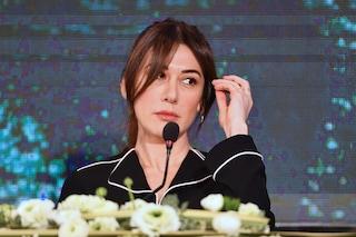 Virginia Raffaele e la nuova frangetta alla Kate Middleton: un'anteprima del look a Sanremo 2019