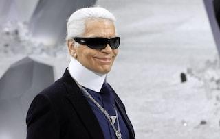 """""""Non ci sarà mai un altro Karl Lagerfeld"""": dalle Hadid a Donatella Versace, l'addio allo stilista"""