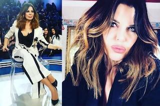 Alba Parietti cambia look all'Isola dei famosi: nuovo taglio di capelli e abito maschile