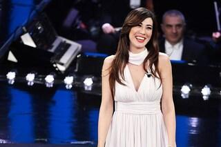 Sanremo 2019, Virginia Raffaele (finalmente) dice addio al nero: nella terza serata come una dea