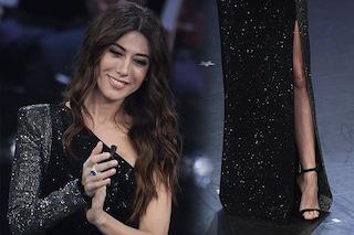 88f62b2674c3 Virginia Raffaele a Sanremo 2019  nella quarta serata 300mila cristalli e  maxi spacco