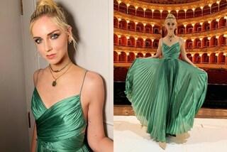 Chiara Ferragni come una principessa: l'abito verde per assistere al balletto è da sogno
