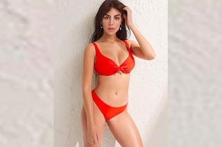 Georgina Rodriguez in bikini rosso fuoco: è lei la nuova testimonial Yamamay