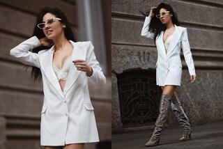 Stivali di paillettes e intimo in vista, il look sexy di Giulia De Lellis