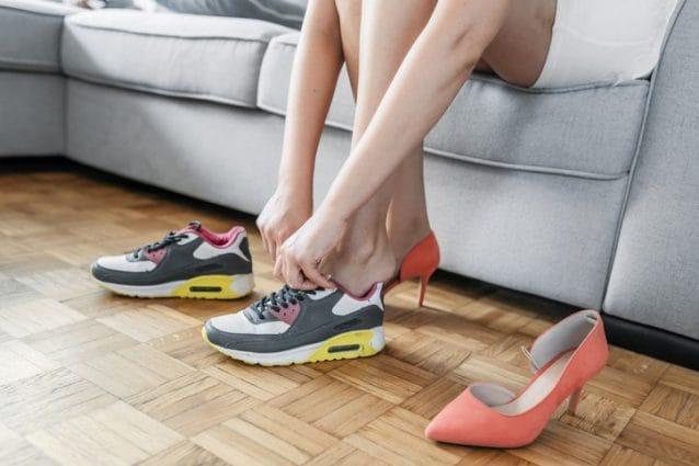 Come Eliminare Il Cattivo Odore Dalle Scarpe I Trucchi E I Rimedi Più Efficaci