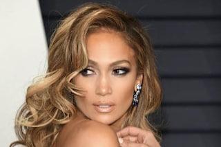 Jennifer Lopez, il look per lo shopping con sua figlia vale quasi 100mila euro
