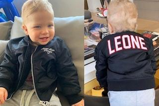 Leone è già trendy a 1 anno: il figlio di Chiara Ferragni e Fedez ha il bomber personalizzato