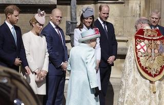 La Royal Family al completo per la messa di Pasqua: Harry c'è ma manca Meghan