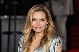 Michelle Pfeiffer debutta nel mondo della profumeria: le sue fragranze sono naturali e sostenibili