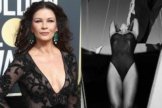 Catherine Zeta-Jones più sexy che mai: la foto col body infiamma il web, poi viene cancellata