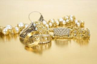 Come pulire l'oro: i rimedi efficaci per lucidare i vostri gioielli