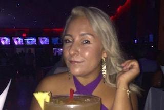 Si separa dal marito dopo 14 anni di matrimonio, organizza un divertente party di divorzio