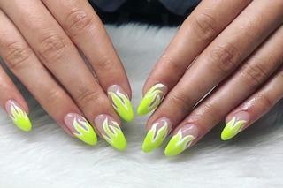 Flame nails, la manicure fiammante da provare subito
