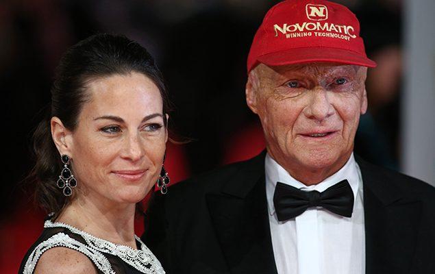 Niki Lauda e sua moglie Birgit Wetzinger