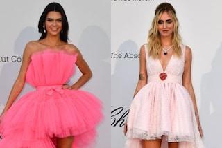 Dalla Ferragni a Kendall Jenner, le star mostrano le gambe con gli abiti asimmetrici all'amfAR gala