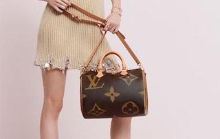 Louis Vuitton, l'iconico logo diventa extra large con la collezione Monogram Giant