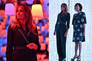 """Melania Trump in """"pigiama"""" ma con i tacchi alti: il look per l'incontro con la First Lady giapponese"""
