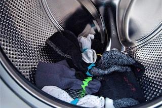 Addio ai calzini spaiati in lavatrice, arriva la soluzione