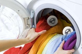 Addio ammorbidente: arriva la soluzione naturale per l'asciugatrice