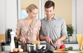 Essere più felici in coppia è possibile, basta condividere il pasto