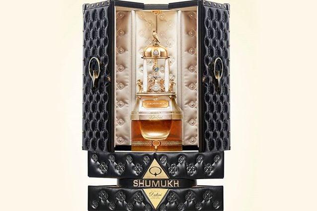 the best attitude 4fe4a 93f39 Il profumo più prezioso al mondo è da Guinness, tre chili di ...
