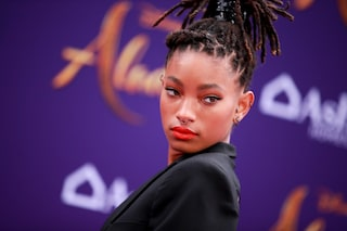Willow Smith sarebbe incuriosita dal poliamore, lo ha rivelato la mamma Jada Pinkett Smith
