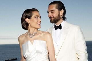 Charlotte Casiraghi sposa Dimitri Rassam: minigonna per il sì, omaggio a Grace Kelly per il party