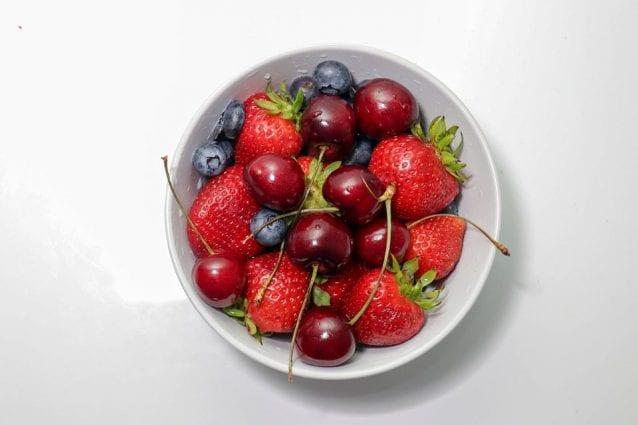 quali frutti aiutano a perdere peso