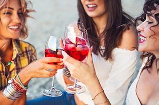 Effetti dell'alcol sulla pelle: quali sono e come contrastarli