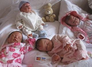 Bambole reborn: cosa sono, gli usi terapeutici e i benefici della doll therapy