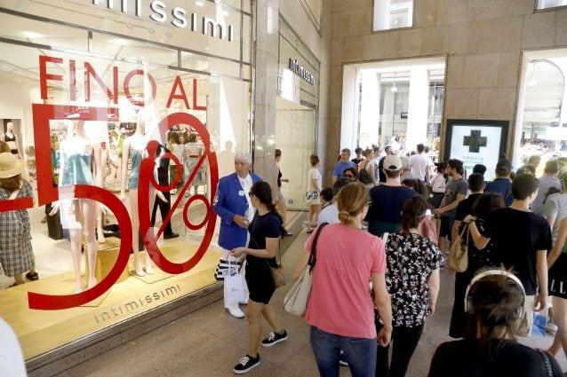 wholesale dealer bc172 d7562 Saldi estivi 2019, quando finiranno nelle diverse città italiane