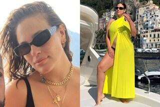 Ashley Graham, vacanze in costiera con pareo fluo e occhiali da diva: l'estate trendy della modella