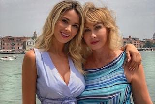 Diletta Leotta e mamma Ofelia come sorelle, si somigliano anche nello stile