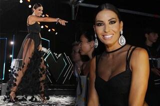 Battiti Live 2019: Elisabetta Gregoraci sfoggia sensuali trasparenze per la puntata finale di Bari