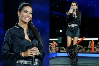 Elisabetta Gregoraci a Battiti Live, total black e frange per la terza puntata