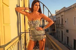 Elisabetta Gregoraci a Gallipoli per Battiti Live è sexy anche con i jeans (mini)