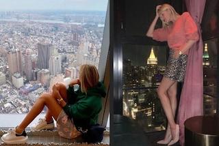 Alessia Marcuzzi in vacanza a New York: di giorno sneakers e felpa, la sera tacchi e gonna animalier