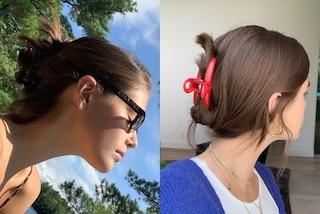Kaia Gerber rilancia il mollettone per capelli: l'accessorio anni '90 è il suo preferito dell'estate