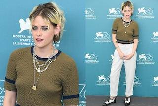 Venezia 2019, arriva Kristen Stewart: nuovo look con onde e maxi ricrescita in vista