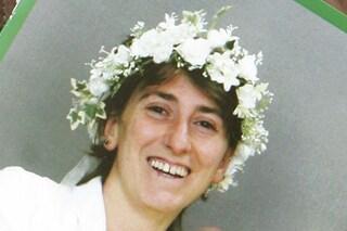 Pippa Bacca, la storia dell'artista morta in abito da sposa: voleva girare il mondo in autostop