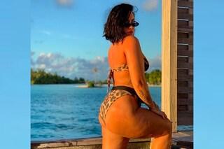 """Demi Lovato dice no al fotoritocco e mostra la cellulite: """"Sono stanca di vergognarmi del mio corpo"""""""
