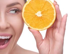 Vitamina C per la pelle: perché fa bene e come usarla