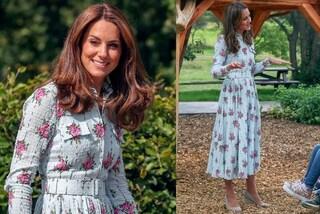 """Kate Middleton torna a lavoro col look """"bucolico"""": fiori e zeppe per il primo impegno dopo l'estate"""
