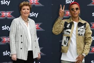 X Factor 13: la Maionchi rock con le sneakers, Sfera Ebbasta con gli occhiali tondi e il berretto