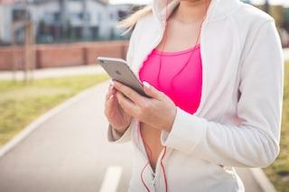 L'orario migliore per allenarsi e bruciare più grassi? Al mattino presto e a stomaco vuoto