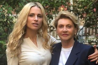Ineke e Michelle Hunziker come sorelle, mamma e figlia sono due (bellissime) gocce d'acqua