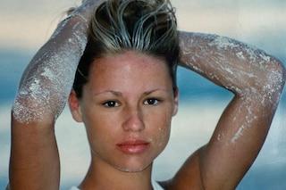 """Michelle Hunziker """"senza sopracciglia"""", da giovane seguiva il trend beauty degli anni '90"""
