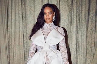 Rihanna starebbe pensando al matrimonio, vorrebbe essere lei a disegnare l'abito da sposa