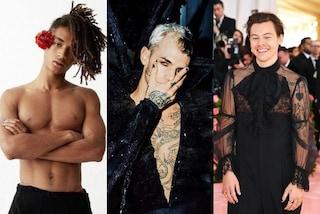 Manicure maschile: da Achille Lauro a Brad Pitt, il nuovo trend è lo smalto sulle unghie degli uomini