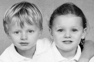 Gabriella e Jacques in coordinato per il primo anno di scuola: i gemelli di Monaco sono dolcissimi